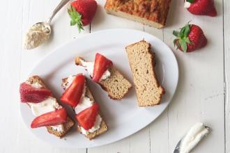 Glutenvrije flat cake van kokosmeel (met mascarpone en aardbeien) - Beaufood