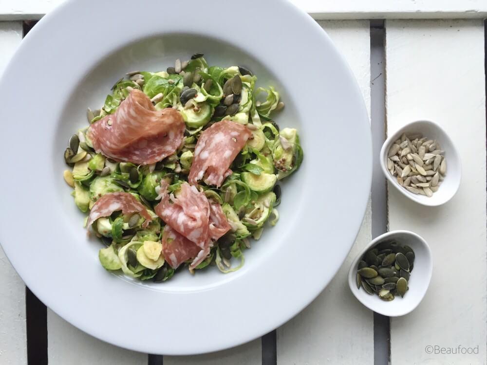 Spruitjes salade met mosterddressing en spianata