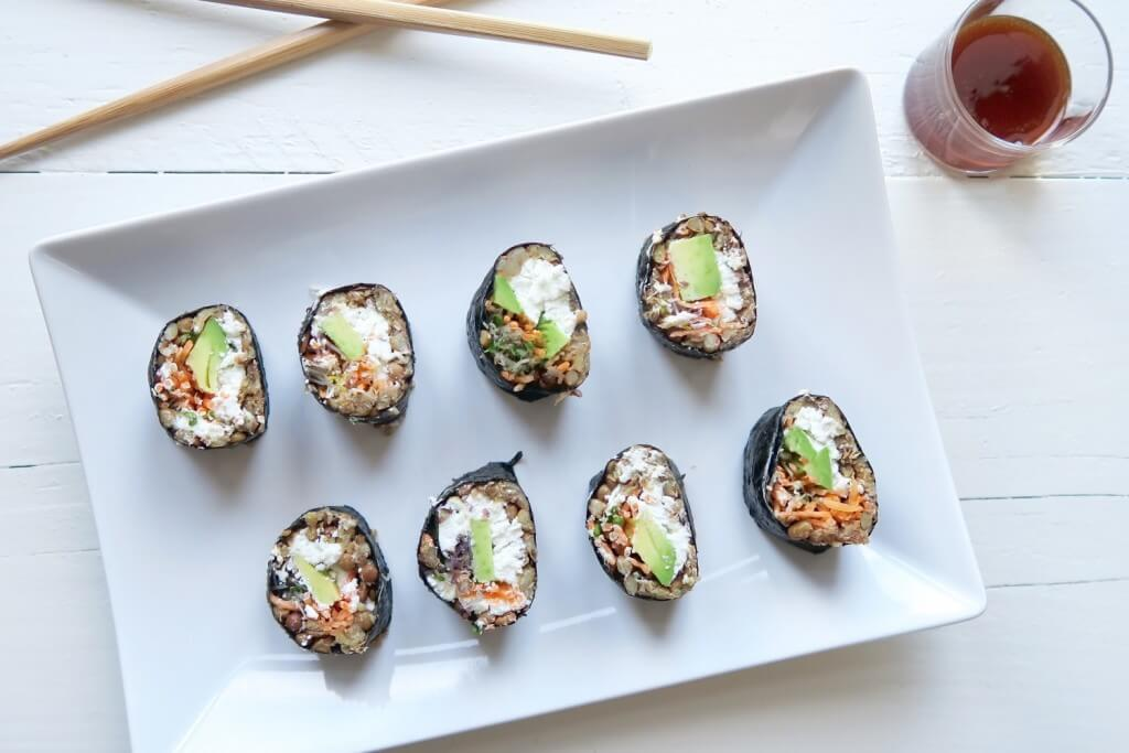 Vega sushi met avocado en geitenkaas