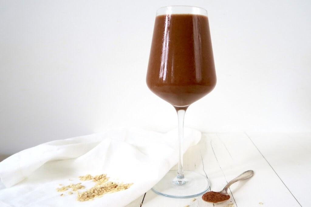 Mango chocolade smoothie met rijstmelk