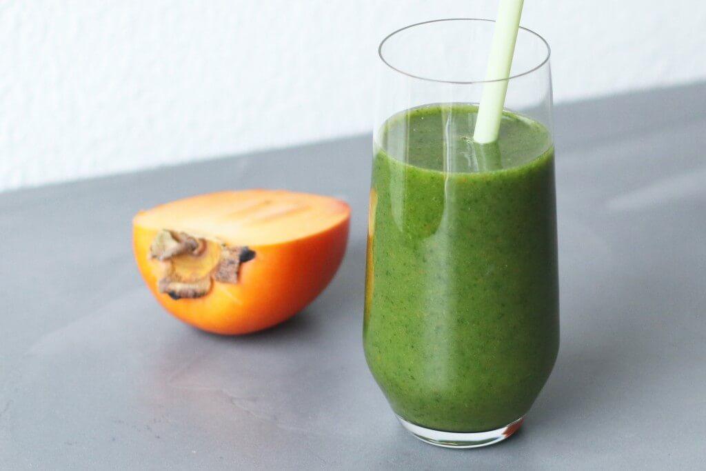 Boerenkool smoothie met kaki, groene smoothie recepten, Smoothie met kaki, Gezonde smoothies, Gezonde foodblogs