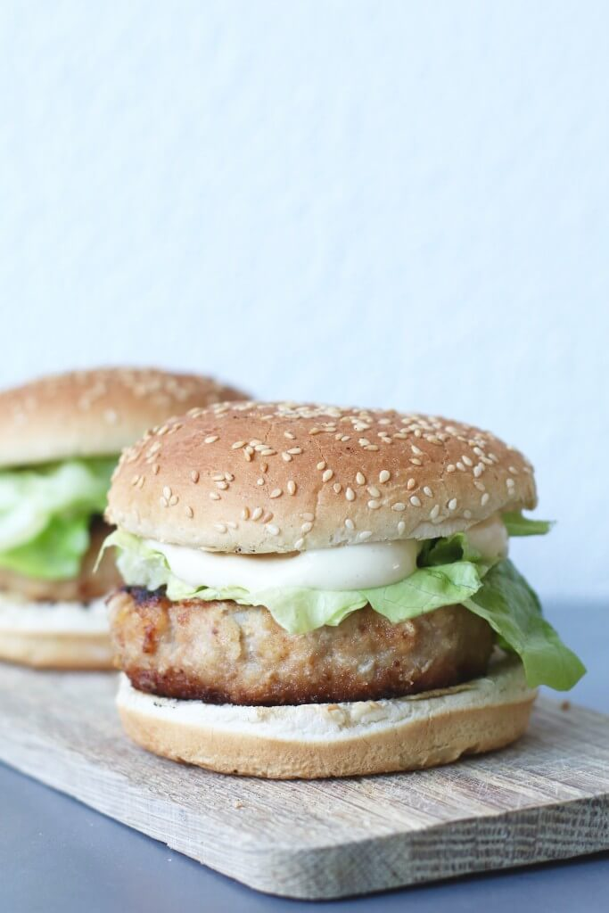 Zelf gezonde Mc Chickens maken, Recept voor kipburgers, Zelf Mc Donalds maken, Gezonde burger recepten, Glutenvrije hamburgers maken, Glutenvrije hamburgers van Schar, Gezonde foodblogs, Glutenvrije foodblogs, Recepten Beaufood