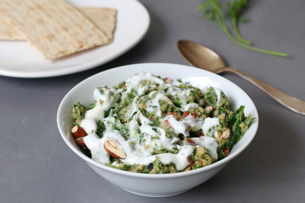 Esfenaj recept, Perzische spinazie-amandel dip, Gezonde dip recepten, Gezond broodbeleg, Suikervrij broodbeleg, Gezonde lunch ideeën, Hoe maak je esfenaj, Beaufood recepten