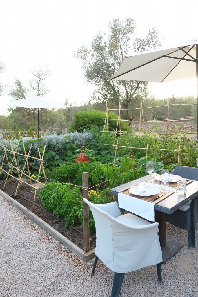 The Giri Café Ibiza, Nice restaurants Ibiza, Restaurants San Juan, Organic food Ibiza, Biologische restaurants Ibiza, Hotspots Ibiza, Romantische restaurants Ibiza