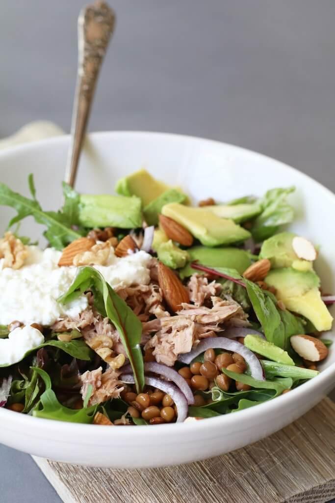 Beaufood recepten, Gezonde maaltijd salades, Gezonde salades, Glutenvrije foodblogs, Lekkere salade recepten, Linzensalade met avocado en tonijn, Lunchen zonder brood, Salades met linzen