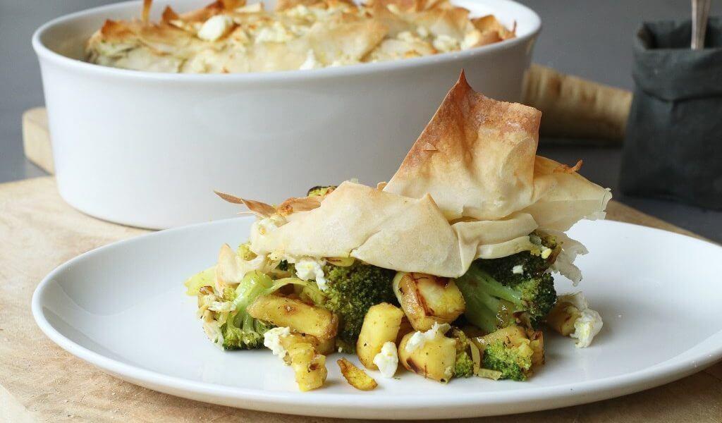 Snelle broccoli pastei uit de oven met feta, Gezonde recepten, Gezonde foodblogs, Beaufood recepten, Lekker recepten oven, Pastei van filodeeg, Broccoli kerrie schotel