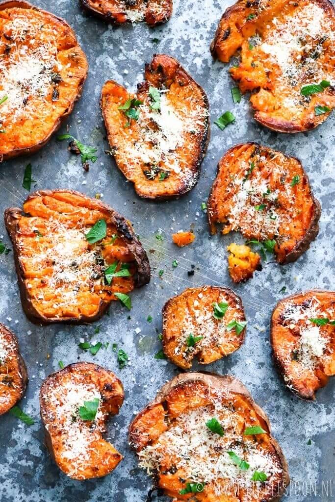 Geplette zoete aardappels met pecorino, Beaufood recepten, Zoete aardappelrecepten, Gezond avondeten, Glutenvrije bijgerechten, Makkelijk en snel