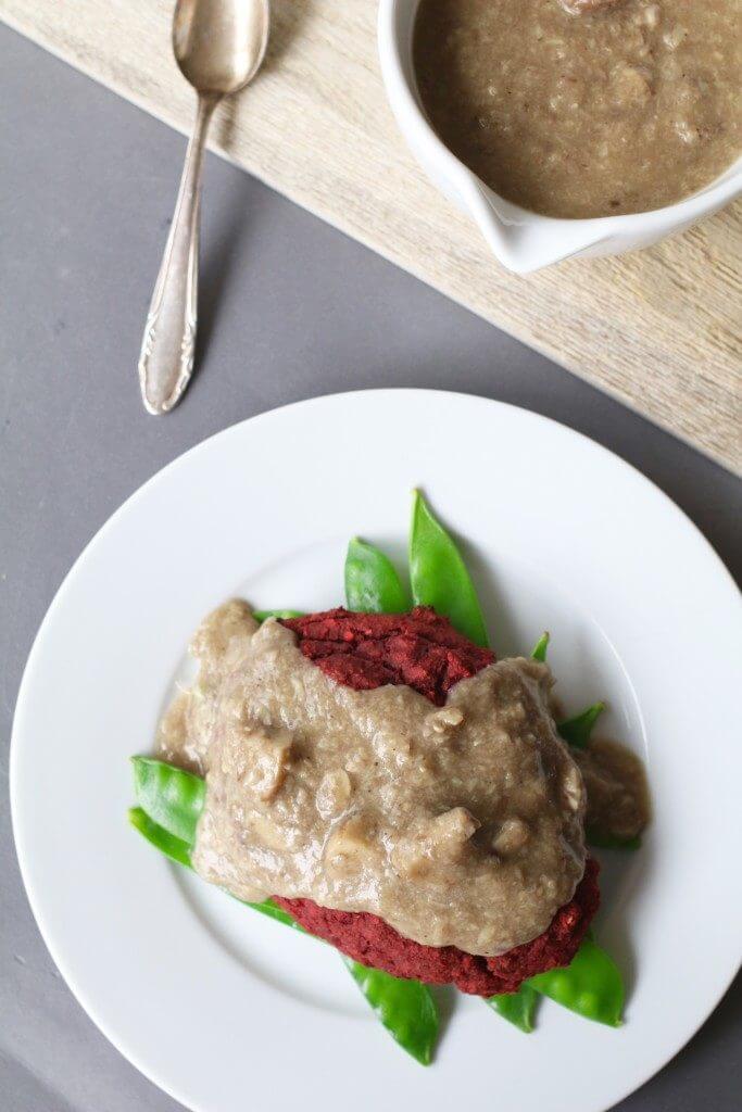 Bietenbiefstuk met champignonsaus, Vegetarische biefstuk recept, Gezonde avondmaaltijden, Beaufood recepten, Biefstuk van biet, Recepten met biet