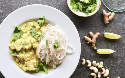 Cashew curry met rijstnoedels, Vegan curry recepten, Vegan hoofdgerechten, Gezonde maaltijden, Slanke maaltijden, Vegetarische fooblogs, Vegetarische hoofdgerechten, Beaufood recepten, Gezonde foodblogs