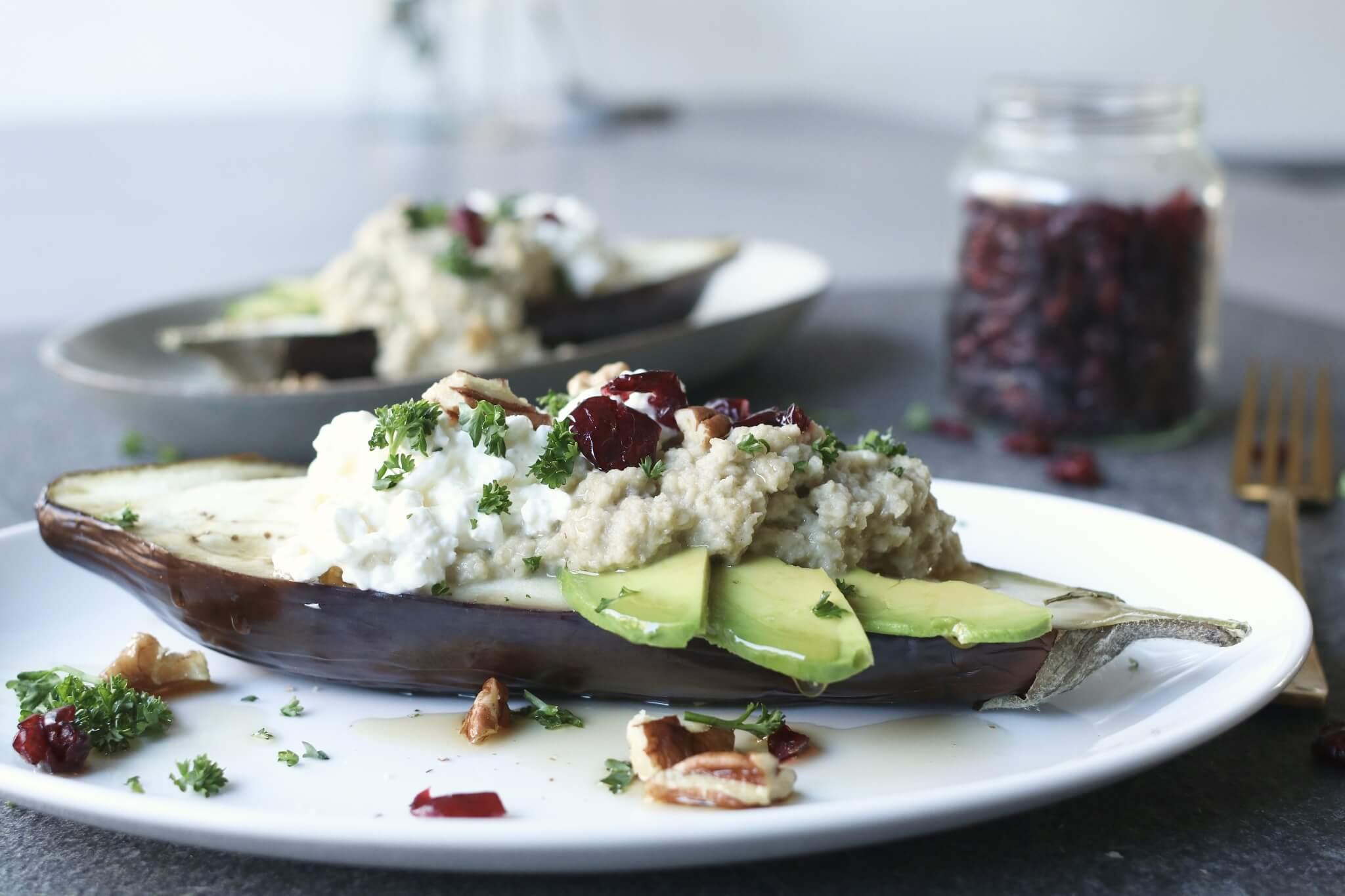Gepofte aubergine met baba ganoush, Gezond avondeten, Vegetarisch avondeten, Glutenvrije avondmaaltijden, Beaufood recepten, Huttenkase recepten